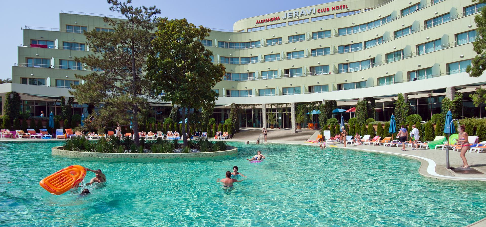 Jeravi Alexandria Club Hotels